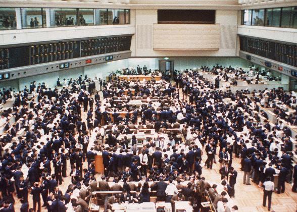 Tokyo Stock Exchange makes record-breaking gains